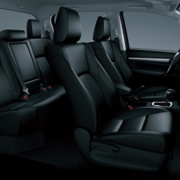 Toyota Hilux Pickup double cabin_L6-1